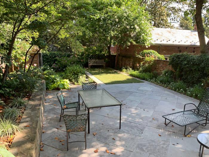 DC patio area